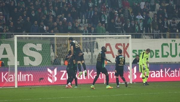 Bursaspor - Akhisar Belediyespor maçı özeti ve golleri