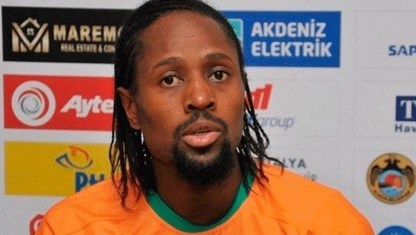 Vitor Pereira, Abdoulaye Ba'yı transfer ediyor