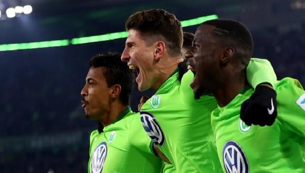 Wolfsburg - Augsburg maçı Mario Gomez'in golü (İZLE)