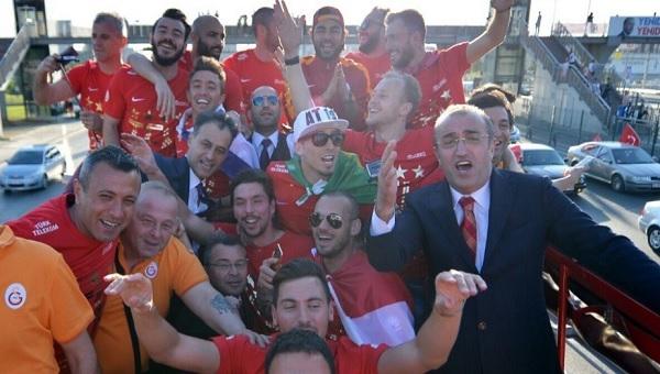 Abdürrahim Albayrak Galatasaray taraftarına seslendi