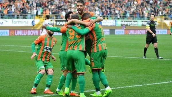 Alanyaspor 4-1 Adanaspor maç özeti ve golleri
