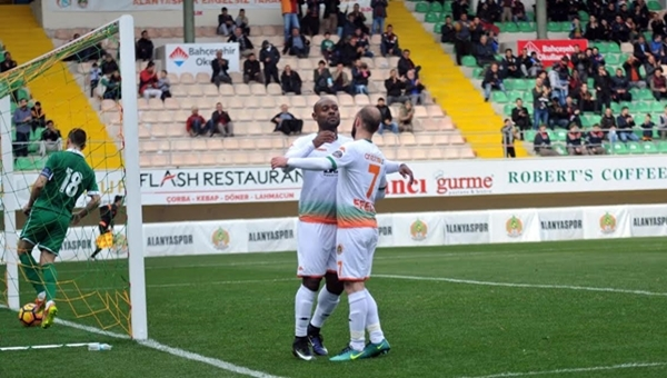 Aytemiz Alanyaspor -OFK Pirin maç özeti ve golleri