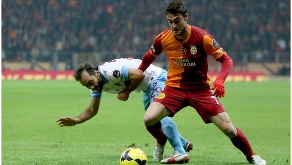 Albert Riera, Galatasaray'a göz kırptı