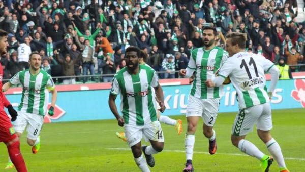 Atiker Konyaspor'un düşüşü sürüyor