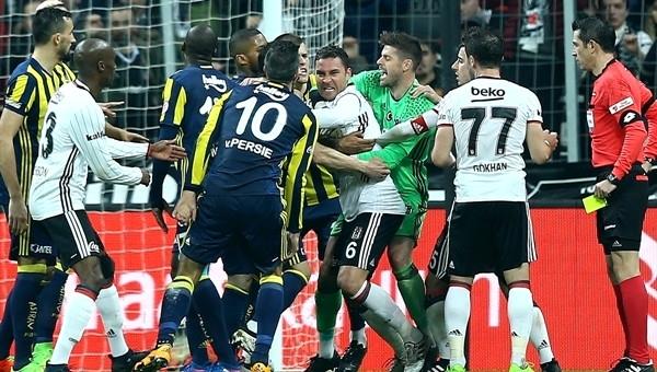 Beşiktaş - Fenerbahçe derbisinin gergin geçmesinde en büyük pay kime aitti?