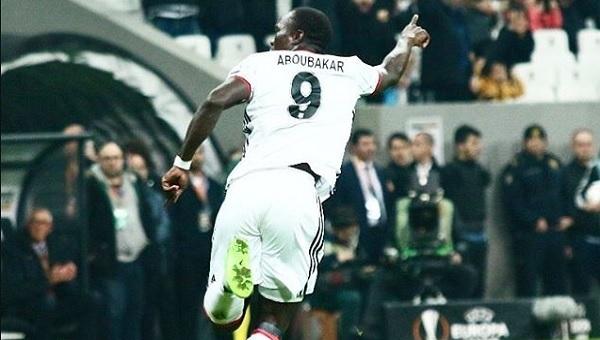Beşiktaş - Hapoel Beer Sheva Aboubakar'ın müthiş golü (İZLE)