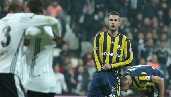 Beşiktaş, Van Persie'ye resmen dava açtı