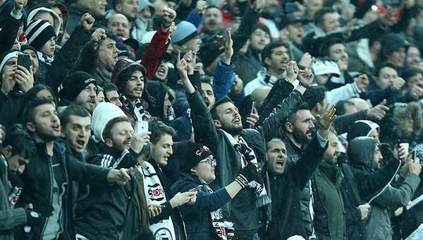 Beşiktaş'a Fenerbahçe maçı nedeniyle saha kapatma cezası gelecek mi?