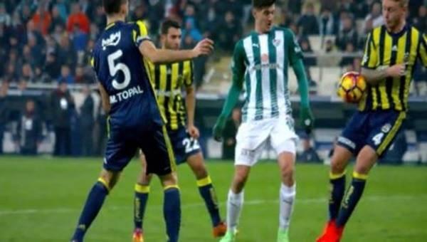 Bursaspor - Fenerbahçe maçında Kjaer'in pozisyonu penaltı mı?