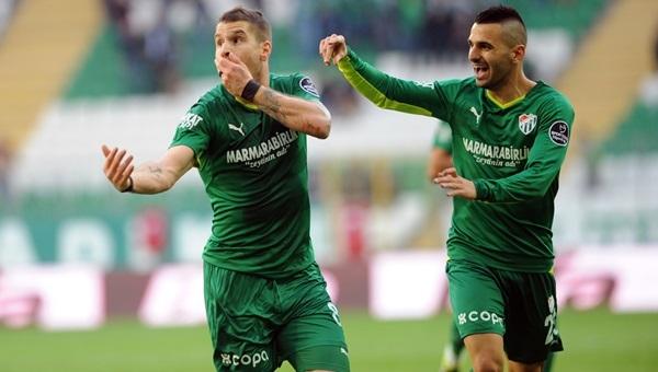 Bursaspor'da 2 futbolcu kadro dışı