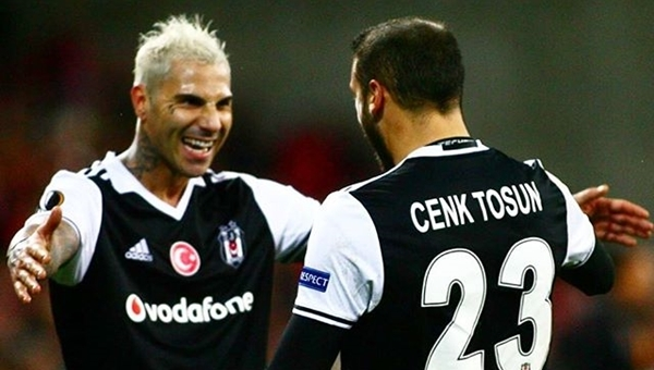 Cenk Tosun ve Ricardo Quaresma, Beşiktaş'ı uçuruyor