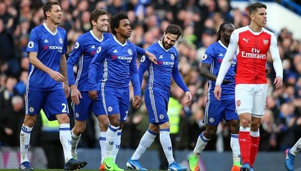 Chelsea şampiyonluğa koşuyor: 3-1
