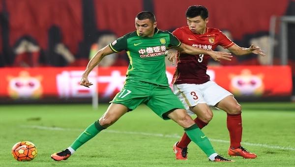 Çin'de 50 bin futbol akademisi hedefleniyor