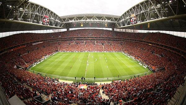 Galatasaray Beşiktaş derbisi satılan bilet sayısı
