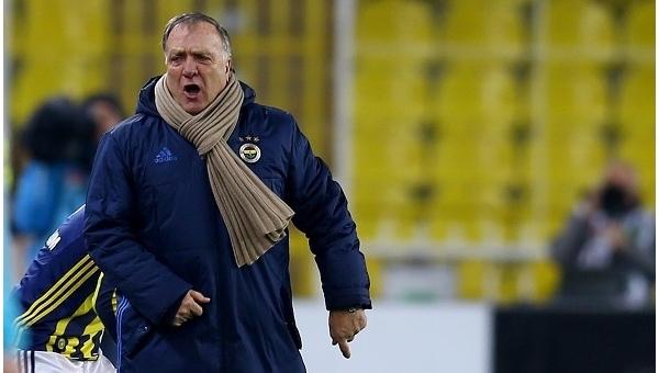 Fenerbahçe, Dick Advocaat'a yeni sözleşme önerdi