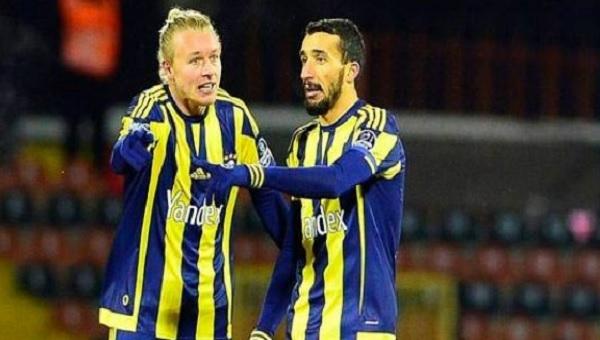 Fenerbahçe'de Kjaer ve Mehmet Topal arasında tartışma