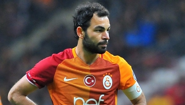 Galatasaray Selçuk İnan'ı Çin kulübüne teklif etti
