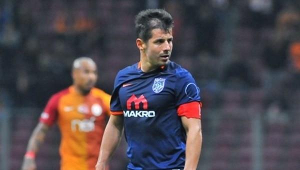 Galatasaray tribününden Emre Belözoğlu'na tepki
