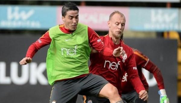 Galatasaray'da takımın yarısı değişiyor