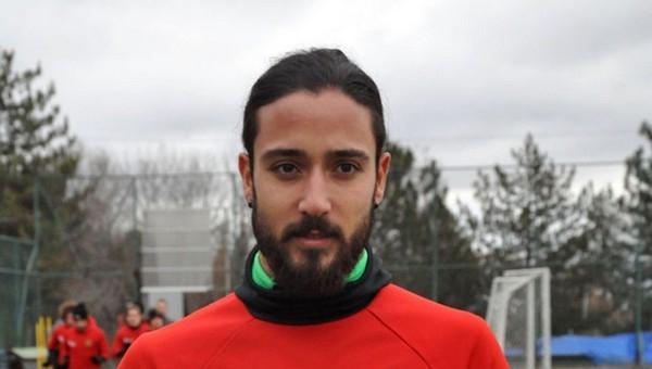 Galatasaraylı Tarık Çamdal'ın twitter hesabı hacklendi