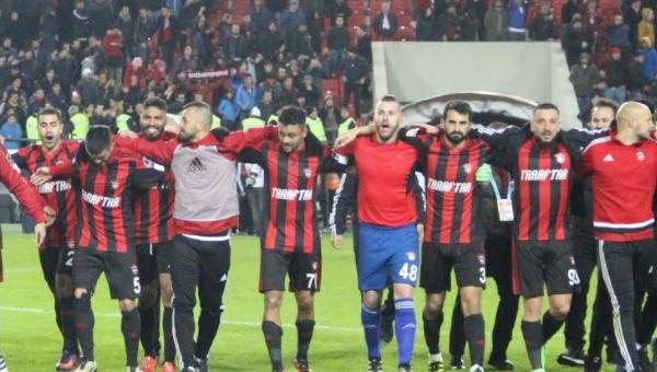 Gaziantepspor'un yeni transferleri Adanaspor karşısında ne yaptı?