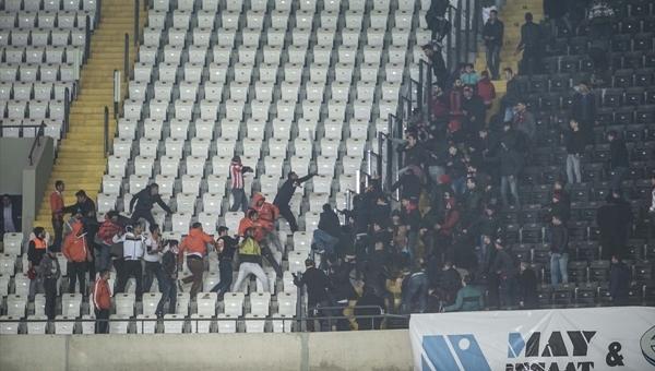 Gaziantepspor - Adanaspor maçında tribünler birbirine girdi