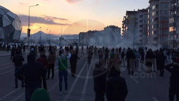 Konyaspor - Antalyaspor maçında olaylar çıktı