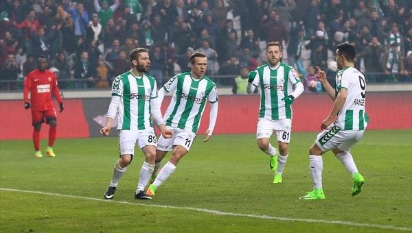 Atiker Konyaspor 2 - 1 Ümraniyespor maçı özeti ve golleri