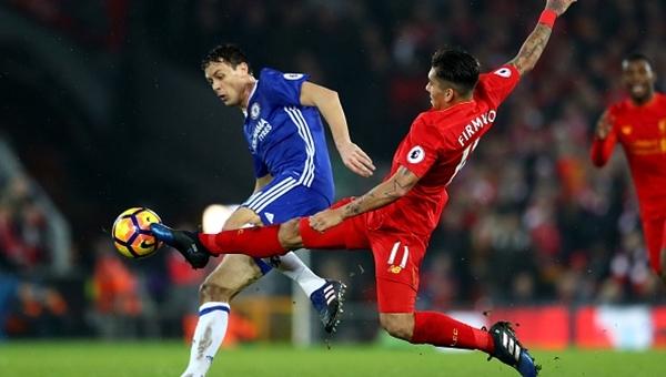 Liverpool'dan lider Chelsea'ye çelme
