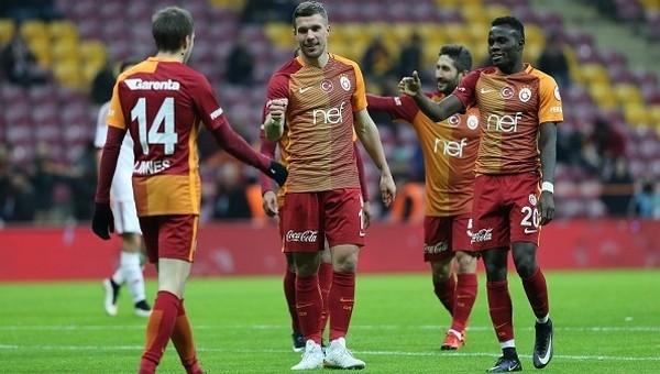 Lukas Podolski transferinde yeni gelişme