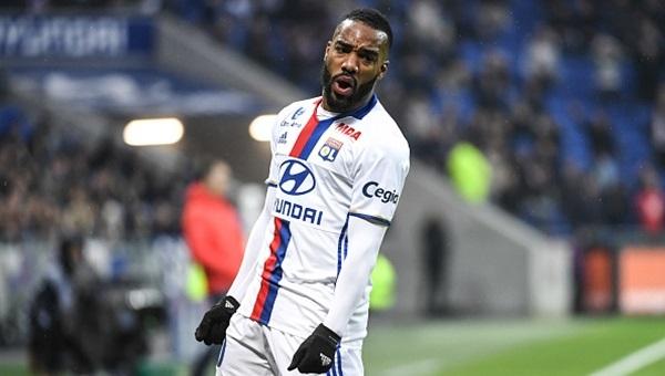 Lyon'un yıldızı Juventus yolunda, başkan onayı verdi