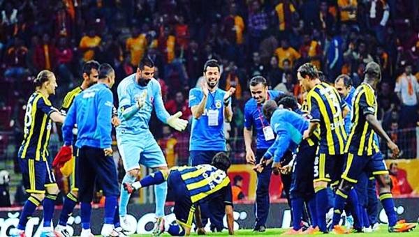 Mehmet Topuz'dan Beşiktaş ve Galatasaray'a gönderme