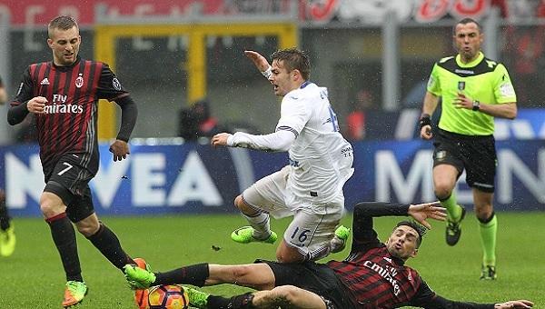 Milan 0-1 Sampdoria maç özeti ve golleri - Jose Sosa 6 dakikada oyundan atıldı