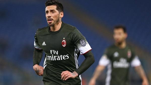 Sosa asist yaptı Milan kazandı: 2-1