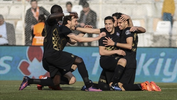 Adanaspor 1 - 5 Osmanlıspor maçı özeti ve golleri