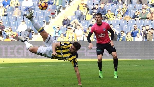Ozan Tufan Fenerbahçe'ye yaramıyor