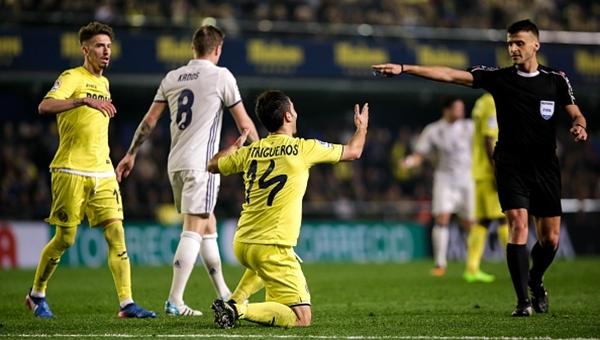 Real Madrid'in hakeme verdiği hediye olay yarattı