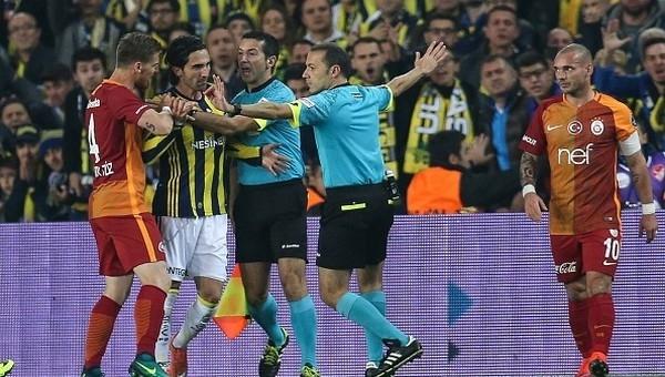 Referandum 2017 tarihi - Galatasaray Fenerbahçe derbisi referandum tarihinde mi oynanacak?