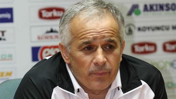 Sakaryaspor'un yeni teknik direktörü Osman Özdemir oldu