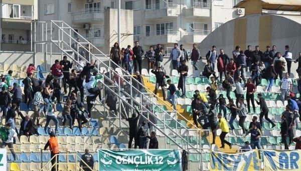 Tarsus İdman Yurdu - 12 Bingölspor maçında olay