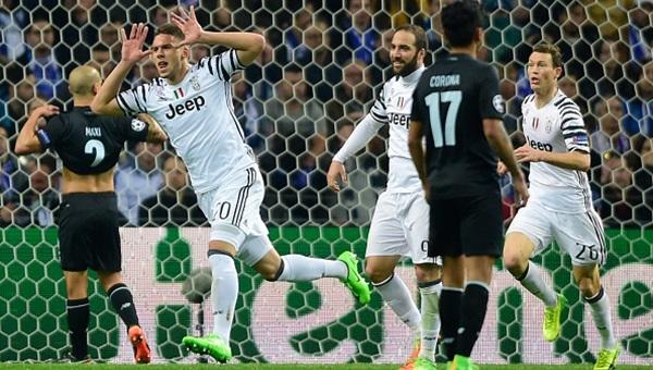 Telles atıldı, Juventus tur kapısını araladı: 0-2