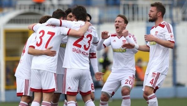 Tuzlaspor 1-4 Sivasspor maç özeti ve golleri