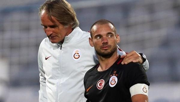 Wesley Sneijder'e FLAŞ Riekerink uyarısı