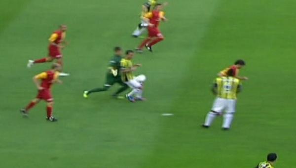 Aboubakar'ın Antalyaspor'da gördüğü ikinci sarı kart Muslera'yı hatırlattı - Beşiktaş Haberleri