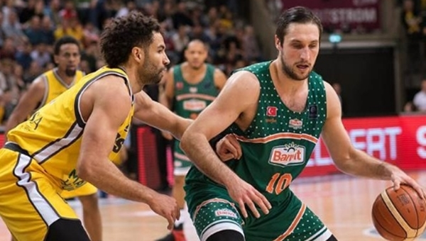 Banvit, FIBA Şampiyonlar Ligi'nde Final Four'a yükseldi