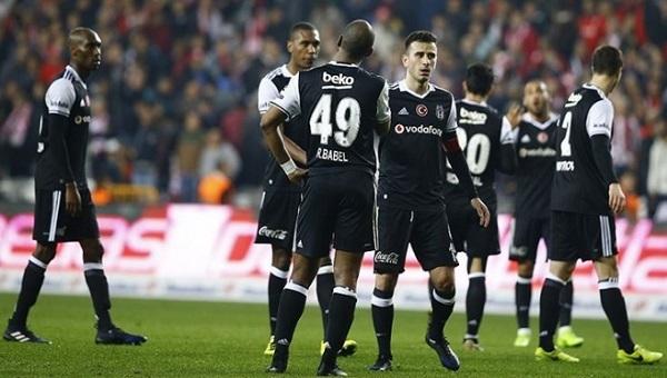 Beşiktaş - Astra Giurgiu hazırlık maçı CANLI İZLE - Caner Erkin, Ersan Gülüm, Demba Ba