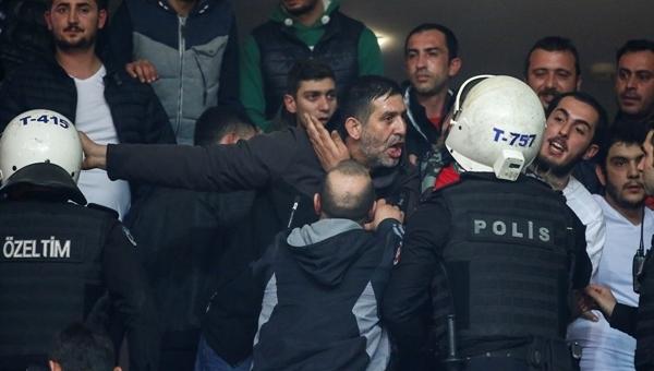 Beşiktaş - Pınar Karşıyaka maçında olay çıktı