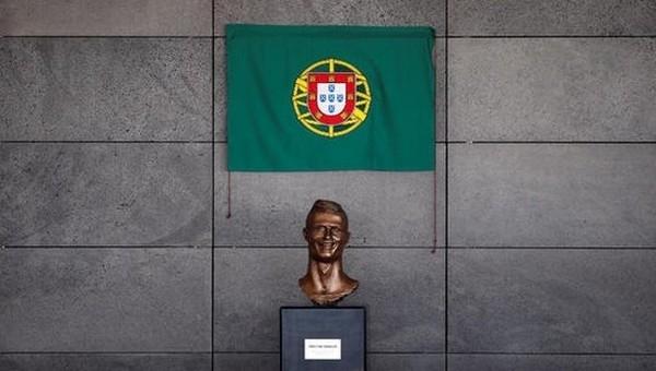 Cristiano Ronaldo'nun adı havaalanına verildi