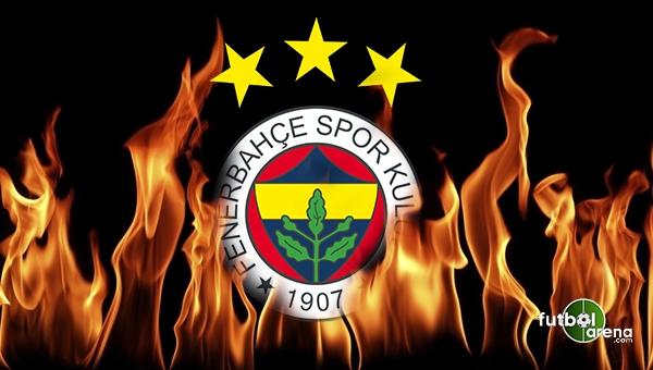 Fenerbahçe soyunma odasında şok görüntü!