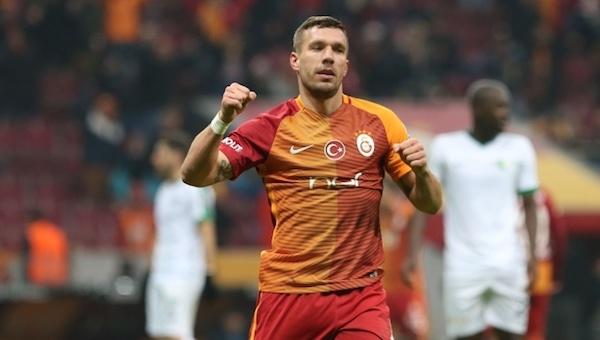 Galatasaray taraftarları isyan etti!